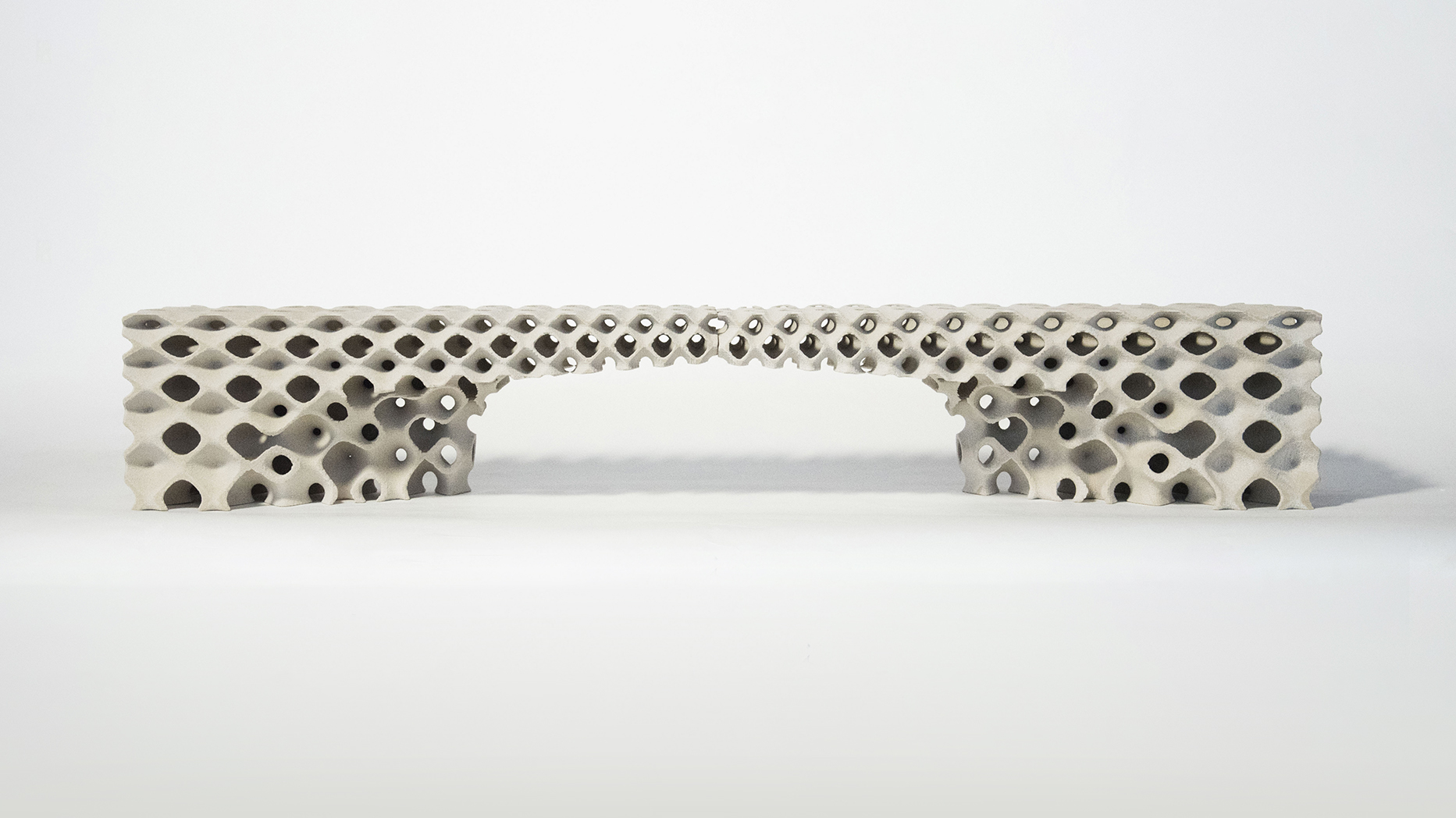 3D printed lintel with micro-structural graded porosity (Jetana Ruangjun, Angelo Yoo)